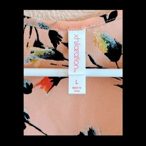 Xhilaration Tops - Xhilaration Pink Floral Blouse Short Sleeve Sz L